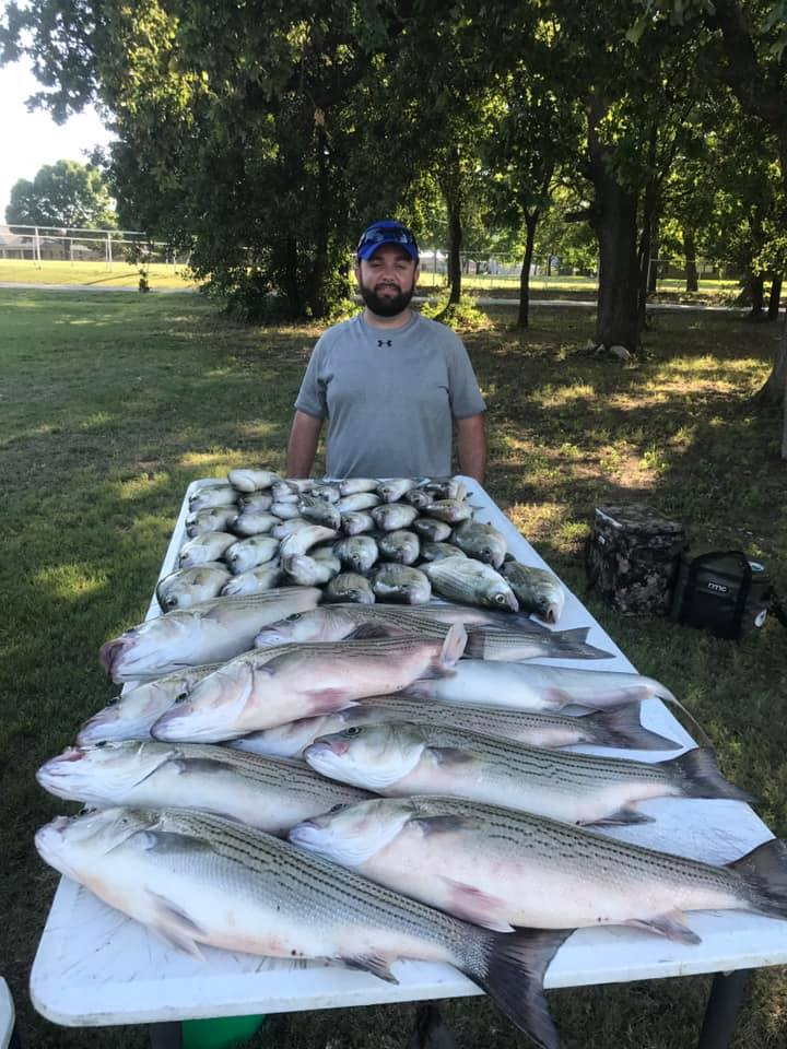 Vest Fishing Guide Service Lake Lewisville Dallas TX Bass Fishing Guided Trips